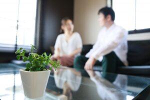 家事代行の「雇用型」と「マッチング型」(個人契約)の違いとは?メリデメ・注意点について解説